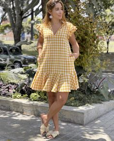 Frilly Dresses, Modest Dresses, Simple Dresses, Casual Dresses, Short Dresses, White Cotton Summer Dress, Dresses For Teens Dance, Cute Fashion, Fashion Outfits