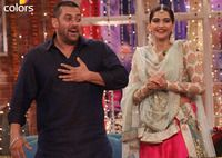 """<p class=""""MsoNormal"""">Bollywood actor Salman Khan who was on a promotion spree for Prem Ratan Dhan Payo left no stone unturned to take a dig at a few B-town beauties who were also his girlfriends in the past.</p><p class=""""MsoNormal""""><br></p>  <p class=""""MsoNormal"""">During Delhi promotions. when Sonam was asked about the constant comparison with Aishwarya Rai, Salman immediately jumped to her rescue and called her even more beautiful than his ex-flame Aishwarya. """"I think Sonam is as beautiful…"""
