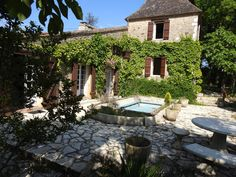 J'adore cette belle propriété dans le Lot! - with koi fish pond, as well as swimming pool