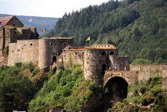 El antiguo Castillo de Bouillon, en Bélgica