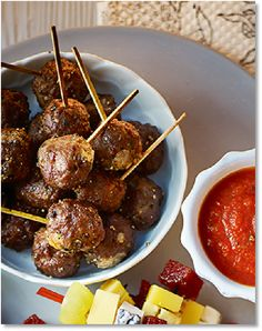 New Low FODMAP Recipes - Beef & mozzarella meatballs http://www.ibssano.com/low_fodmap_recipe_beef_mozzarella_meatball.html