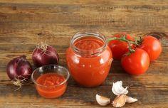 Томатные соусы-заготовки: варианты на любой вкус