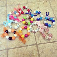 Cute simple bead bracelet.  A fun craft with kids.
