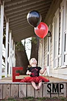 Birthday Balloon & Letter Prop    http://facebook.com/StefaniMarcusPhotography