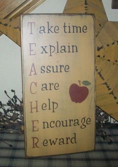 TEACHER APPLE PRIMITIVE SIGN SIGNS - for mom