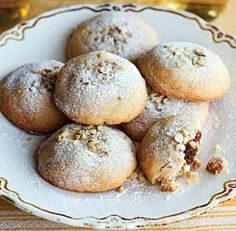 Persian Date-and-Walnut-Filled Cookies / Koloocheh Recipe (Fine Cooking), Gluten-Free Read Recipe by sactdl Cookie Recipes, Dessert Recipes, Filled Cookies, Iranian Food, Arabic Food, Arabic Dessert, Arabic Sweets, Middle Eastern Recipes, Cookies Et Biscuits