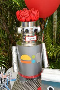 Viernes Feature - Robot quinto de Carol fiesta de cumpleaños