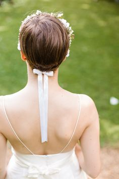 Flower Crown Ribbon Bride Short Hair Style Bridal Graceful Relaxed Summer Garden Wedding http://www.nataliemartinphoto.com/
