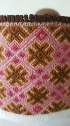(3) FINN – Bunadskjorte beltestakk Folk Costume, Costumes, Fiber Art, Norway, Scandinavian, Diy And Crafts, Embroidery, Blanket, Crochet