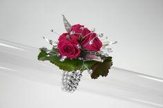 Beaded bracelet with Chic Leaves. Design by Fitz Design - Prom