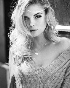 Elegant Black and White Fashion Photography by Markus Hoppe #inspiration #photography