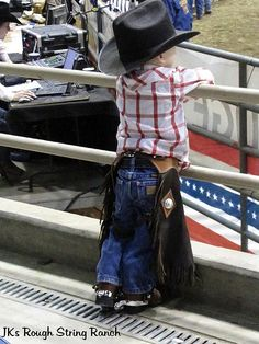 My kids WILL be cowboys and learn to rope and ride!!!!