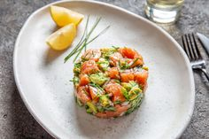 Jan 2020 - Simplicity itself, this healthy salmon ceviche dish with mango and jalapenos makes a great starter or light dinner. Mango Recipes, Raw Food Recipes, Seafood Recipes, Healthy Recipes, Drink Recipes, Salmon Starter, Tartare Recipe, Salmon Y Aguacate, Vegan Recipes
