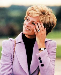 After Princess Diana's death in 1997, Prince William chose her 18K yellow gold Cartier Tank Francaise watch to remember his mother by, an heirloom which she used to teach him to tell time.