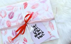 DIY Kiss Valentine's Day Wrapping & link to printable card