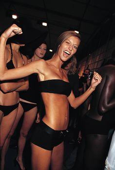 model and Gisele Bundchen image Gisele Bundchen, Victoria Secrets, Elite Model Look, Celebrity Photographers, Vs Models, Runway Models, Lingerie, Celebs, Celebrities