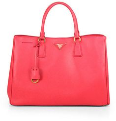 Saffiano Lux Tote an amazingly beautiful bag from prada
