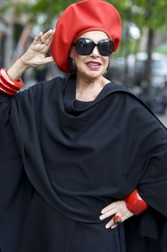 Advanced Style - a blog about style with older women.