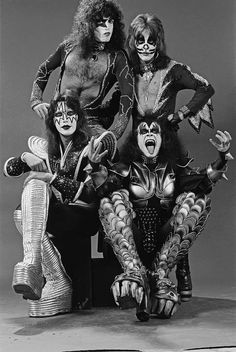 "Frases & Trechos da Banda Kiss photo ""Destroyer Era 1976."""
