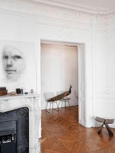 House tour: a pared-back apartment in Paris - Vogue Living Parisian Apartment, Paris Apartments, Interior Styling, Interior Decorating, Architecture Design, Home Living, Living Room, Minimalist Decor, Minimalist Design