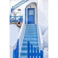 21 Stunning Photos Of Santorini, Greece ❤ liked on Polyvore featuring photos