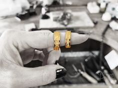 Corteccia polished wedding rings