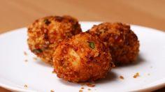 Diese Hähnchen-Käse-Bällchen willst Du auf der Stelle auffuttern
