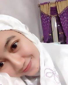 Beautiful Muslim Women, Hijab Chic, Hijab Dress, Hijab Fashion, Cosplay, Photo And Video, Womens Fashion, Instagram Posts, Model