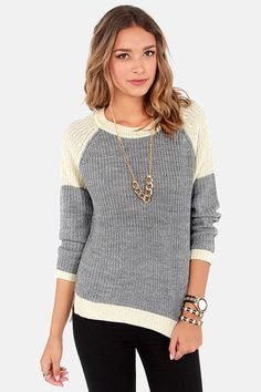 cozy disposition cream and grey sweater / lulu's