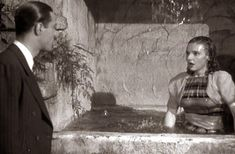 0 bath time - Lola Lane in Torchy Blane in Panama (1938)