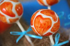 Giraffe Cake Pops - Gold Coast Cake Pops & Gifts (facebook)