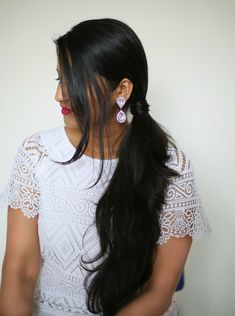 Today I have 2 easy hairstyles for you guys using a flat-iron. I am using a Irresistible me Diamond Hair Straightner for this tutorial Diamond Hair Straighter Let Bald Hairstyles For Women, Easy Summer Hairstyles, Fringe Hairstyles, Funky Hairstyles, Everyday Hairstyles, Straight Hairstyles, Hair Styles 2016, Short Hair Styles, French Roll Hairstyle