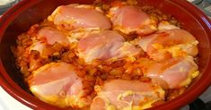 Kurací paprikáš s haluškami - Receptik. Hungarian Recipes, Russian Recipes, Cooking Tips, Cooking Recipes, Kitchen Queen, Good Food, Yummy Food, Recipe For 4, Bon Appetit