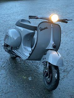Vespa Px 200, Vespa Pk 50 Xl, Piaggio Vespa, Vespa Lambretta, Moped Scooter, Vespa Scooters, Vespa Motorcycle, Vintage Vespa, Triumph Motorcycles