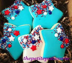 of July decorated cookies! Summer Cookies, Fancy Cookies, Iced Cookies, Cut Out Cookies, Cute Cookies, How To Make Cookies, Holiday Cookies, Cupcake Cookies, Cookies Et Biscuits
