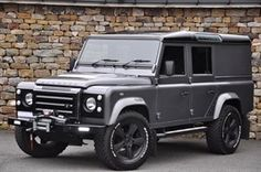 land-rover unlisted 110-xs-utility-wagon-bespoke-edition