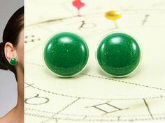 Glitter Green Stud Earrings 20 mm  Christmas Jewelry  by biesge, $14.90