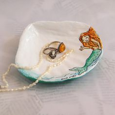 Ring dish /  Seashell trinket tray / Upcycled bowl by RecycoolArt, $18.00