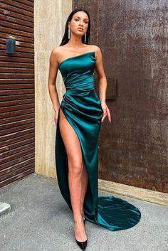 Stunning Prom Dresses, Pretty Prom Dresses, Glam Dresses, Elegant Dresses, Beautiful Dresses, Fashion Dresses, Formal Dresses, Satin Dresses, Sexy Dresses