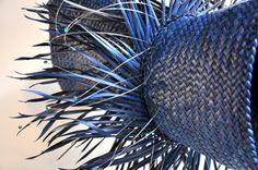 Maori Art New Zealand Weaving Kura Gallery Jess Paraone Whiringa 4 det Flax Weaving, Basket Weaving, Wall Hanger, Hangers, Africa Craft, Maori People, Maori Designs, Maori Art, Sense Of Place
