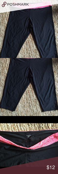 Plus Tek 3X black and coral capris! New Plus Tek 3X black and coral capris.! New Plus Tek Pants Capris