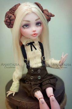 Custom Ever After High or Monster High Dolls