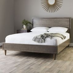 Queen Mid-century Style Bed (Vilas Light Charcoal Queen Bed), Grey