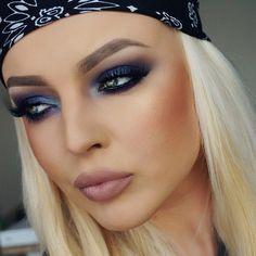 Gorgeous! @ummakeupartistry @ummakeupartistry @ummakeupartistry #amazing #auroramakeup #anastasiabeverlyhills #beauty #beautiful #bridal #cutcrease #eyes #fashion #girls #glitter #ilovemakeup #makeuplovers #makeup #maquiagem #maquillage #maccosmetics #motivecosmetics #pretty #stunning #sugarpill #urbandecay #universodamaquiagem #universodamaquiagem_oficial #vegas_nay #vegasnay #ummakeupartistry #bluemakeup #smokeyes