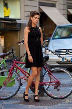 . Chicks On Bikes, Palermo, Girl Crushes, Bicycle, Black, Dresses, Women, Style, Fashion
