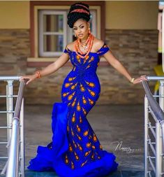 Classy Ankara Styles - Chimnaza - - Owning Ankara material is very easy but deciding on topnotch style to sew can be difficult atimes. For some individuals like myself, we have to browse till we can find classy Ankara styles. Ankara Long Gown Styles, Latest African Fashion Dresses, African Dresses For Women, African Print Fashion, African Prints, Nigerian Fashion, Ankara Fashion, Africa Fashion, African Women