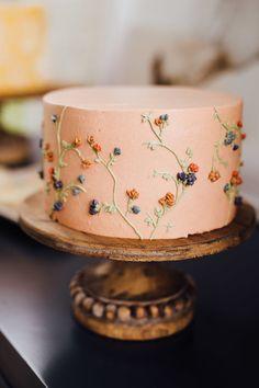 14th Birthday Cakes, Sweet 16 Birthday Cake, Birthday Cakes For Teens, Flower Birthday Cakes, Modern Birthday Cakes, Birthday Cake Designs, 14 Birthday Party Ideas, Birthday Cale, Little Girl Birthday Cakes