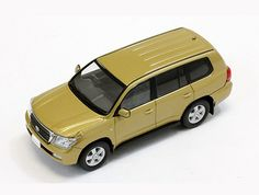 Toyota Land Cruiser 200 (2010) in Gold (1:43 scale by IXO JC242)