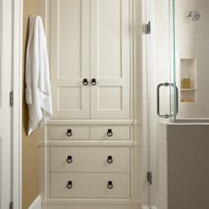 Built In Bedroom Closets Design Ideas, Pictures, Remodel, and Decor - page 18