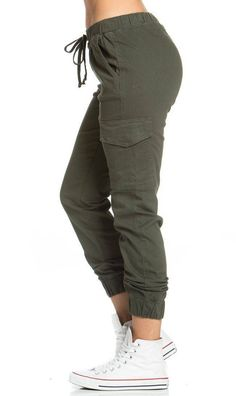 Drawstring Cargo Jogger Pants in Olive - Jogger Pants Green Cargo Pants, Cargo Pants Women, Pants For Women, Clothes For Women, Green Joggers, Jogger Pants Outfit, Jogger Pants Style, Olive Pants, Pantalon Cargo